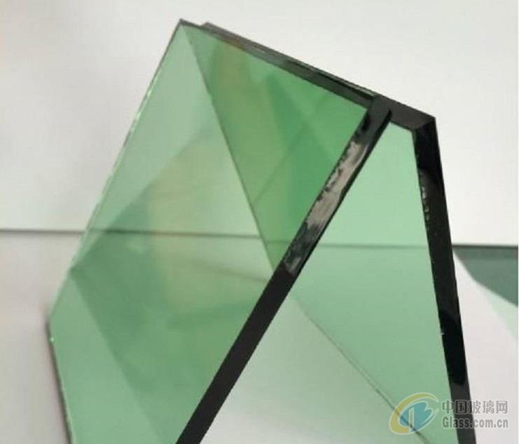 玻璃卡纸是如何生产的 平板玻璃的用途有哪些